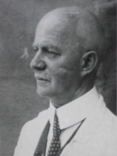 Photo of Ernst Jänecke